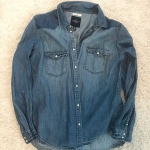 American Eagle women's Denim button down shirt